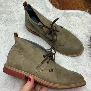 Tommy Hilfiger Taupe Michael Chukka Boots Size 3